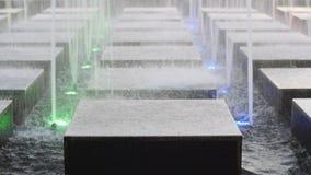 De Nevel van het fonteinwater kubeert 01 stock videobeelden