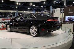 De nieuwe Amerikaanse sedan bij auto toont Royalty-vrije Stock Foto's