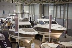 De nieuwe Boten van het Prestige Jeanneau bij Grote Blauwe Overzees Expo Royalty-vrije Stock Foto