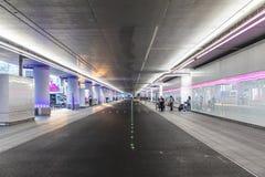 De nieuwe daling weg en neemt gebied bij de internationale luchthaven van Frankfurt op Stock Foto