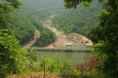 De nieuwe Dam van de Rivier Stock Afbeeldingen