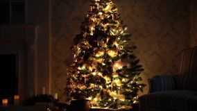 De nieuwe decoratie van de jaarboom stock videobeelden