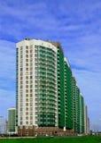 De nieuwe high-rise bouw Stock Foto's
