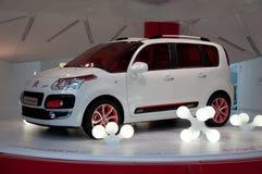 De Nieuwe Modellen van Citroën, Parijs, de Toonzaal van Champs Elysee Stock Afbeelding