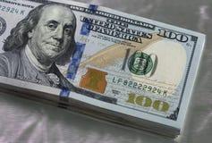 De nieuwe V.S. 100 dollarnota Stock Foto