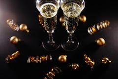 De nieuwe viering van de jarenvooravond met champagne royalty-vrije stock afbeeldingen