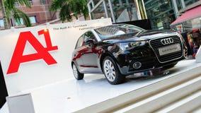 De nieuwe vijfdeursauto van Audi A1 op vertoning in Audi Fashion Festival 2012 Stock Afbeelding