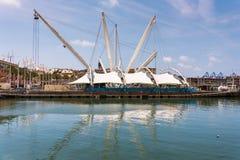 De nieuwe waterkant van de Oude Haven en het Aquarium Dit deel werd ontworpen door Italiaanse architect Renzo Piano royalty-vrije stock fotografie