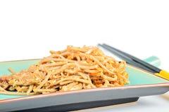 De noedels van China met groenten en vlees Royalty-vrije Stock Foto's