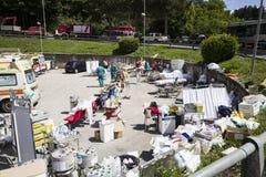De noodsituatiekamp van Rieti voor aardbevingsslachtoffers, Amatrice, Italië Stock Foto's