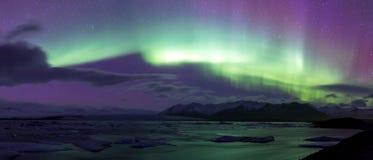 De noordelijke Lichte Gletsjer van Aurora borealisjokulsarlon Stock Afbeeldingen