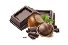 De nootchocolade regelt geïsoleerde samenstelling Royalty-vrije Stock Afbeelding