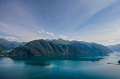 De norska fjordarna arkivbild