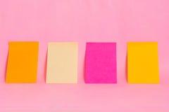 De nota's van de herinnering over het heldere kleurrijke document Stock Fotografie