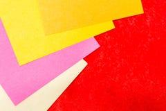 De nota's van de herinnering over het heldere kleurrijke document Royalty-vrije Stock Afbeeldingen