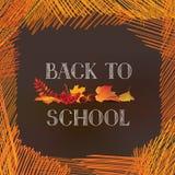 De nouveau à l'école Bannière avec des feuilles d'automne au-dessus de backg de tableau Photo stock