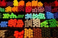 De nouveau à l'école : plan rapproché sur des stylos de marqueur Images libres de droits