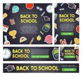 De nouveau à la bannière d'école placez les différentes tailles Photos libres de droits