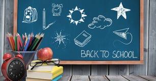 De nouveau au dessin d'éducation d'école sur le tableau noir photos libres de droits