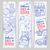 De nouveau aux bannières de verticale d'école Papeterie peu précise, tableau noir, autobus Image libre de droits