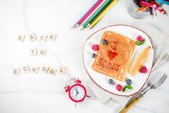De nouveau aux crêpes de petit déjeuner d'école Images libres de droits