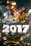 ` 2017 de nouvelle année de boule de disco s Eve Grunge Background Photographie stock
