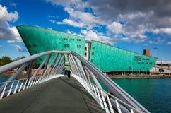 De nouvelle musée science de métropole ou de Nemo à Amsterdam, le Neth Photo libre de droits