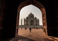 2 de novembro de 2014: Arcada em Taj Mahal em Agra, Índia Fotografia de Stock Royalty Free
