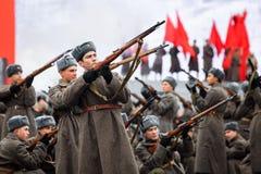 5 DE NOVEMBRO DE 2016: Ensaio de gala da parada, dedicado ao 7 de novembro de 1941 no quadrado vermelho em Moscou Fotos de Stock