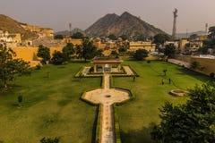 4 de novembro de 2014: Pátio do palácio ambarino em Jaipur, Indi Imagens de Stock