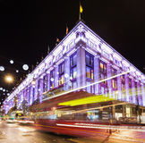 13 de novembro de 2014 rua de Oxford, Londres, decorada para o Natal Imagem de Stock Royalty Free
