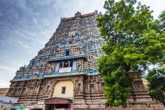 13 de noviembre de 2014: El templo hindú de Meenakshi Amman en Madurai, Imagen de archivo
