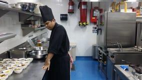 11 de noviembre de 2016, Kuala Lumpur El equipo moderno de la cocina del hotel Imagen de archivo libre de regalías