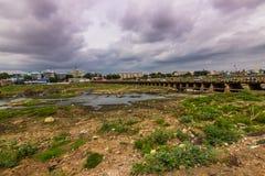 13 de noviembre de 2014: Paisaje alrededor de Madurai, la India Fotografía de archivo