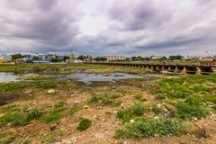 13 de noviembre de 2014: Paisaje alrededor de Madurai, la India Fotos de archivo libres de regalías