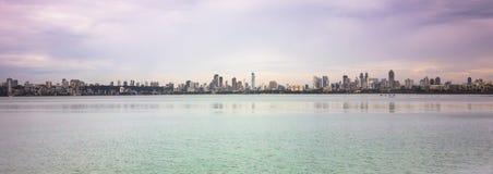 15 de noviembre de 2014: Vista panorámica de la ciudad de Bombay, la India Foto de archivo libre de regalías