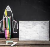 De nuevo al cohete de la escuela fuera de los lápices Fotos de archivo