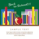 De nuevo al fondo de la escuela (EPS+JPG) Pizarra, despertador, libros, escritura-libros, manzana, lápices, reglas Fotografía de archivo libre de regalías