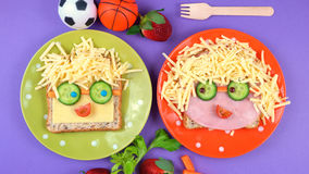 De nuevo a almuerzo escolar de la diversión de la escuela Foto de archivo libre de regalías