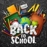 De nuevo a escuela con las fuentes y los garabatos de escuela en fondo negro de la pizarra stock de ilustración