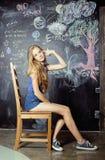 De nuevo a escuela después de vacaciones de verano, adolescente lindo Fotografía de archivo libre de regalías