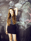 De nuevo a escuela después de vacaciones de verano, adolescente lindo Foto de archivo libre de regalías