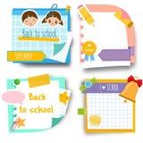De nuevo a etiquetas engomadas de la escuela Diseñe la plantilla de las notas pegajosas de la memoria para los alumnos y el tema  ilustración del vector