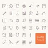 De nuevo a iconos del esquema de la educación escolar Imagen de archivo libre de regalías