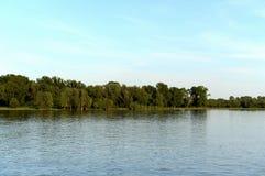 De Ob-Rivier dichtbij de stad van Barnaul Royalty-vrije Stock Afbeelding