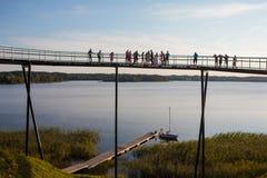 De observatiebrug van het Zarasasmeer Stock Foto's