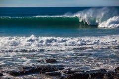 De oceaan Nevel van de Muur van de Golf Royalty-vrije Stock Afbeeldingen