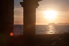 De oceaanzonsondergang van pijlers Royalty-vrije Stock Foto