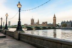 De ochtendcityscape van Londen Stock Foto's