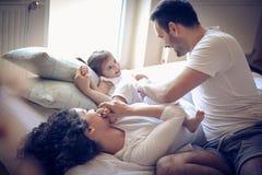 De ochtenden van de liefdefamilie Weinig ballerina stock foto's